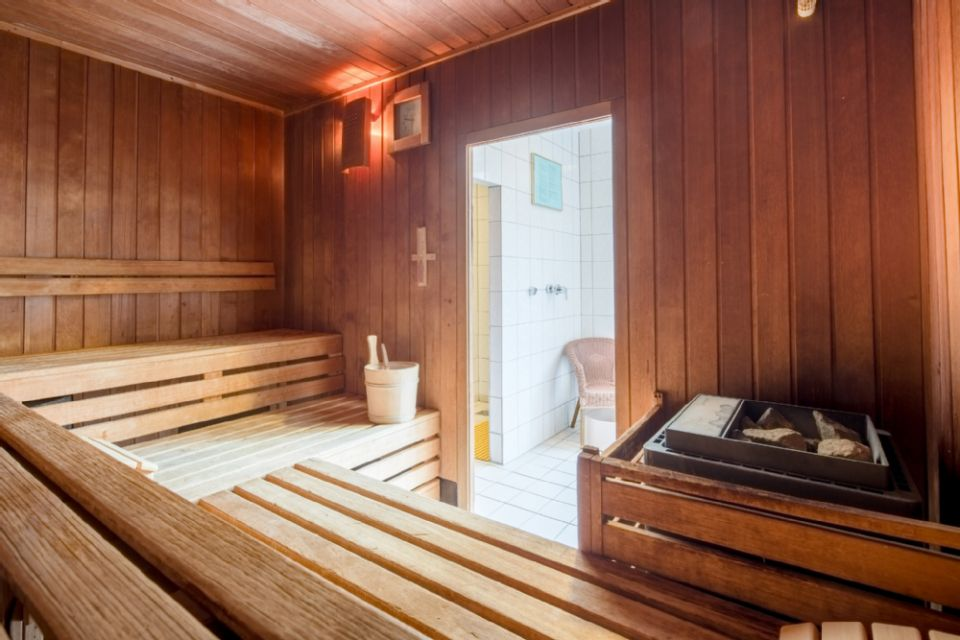 best western hotels central europe gmbh. Black Bedroom Furniture Sets. Home Design Ideas